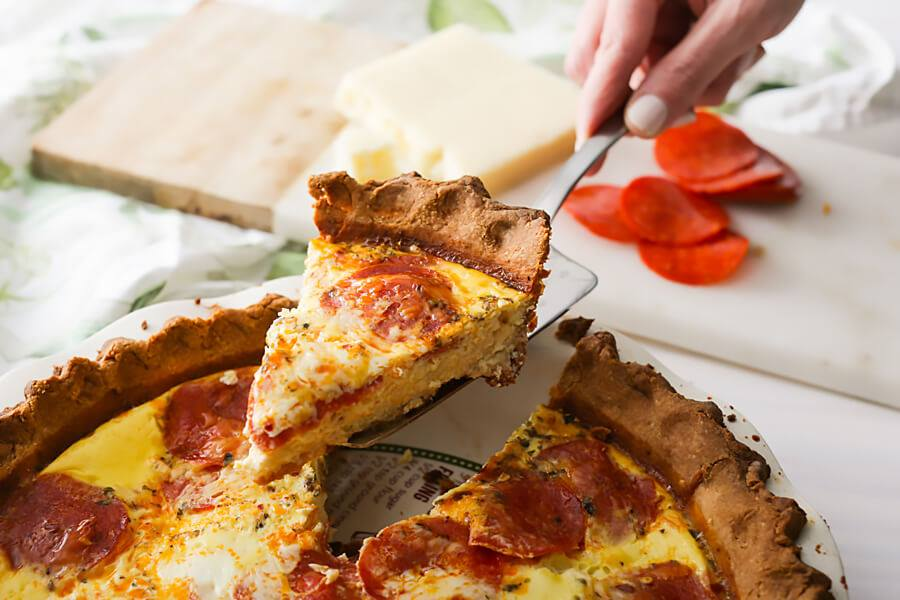 keto pepperoni pizza, keto pepperoni pizza bites, keto pepperoni pizza casserole, keto pepperoni pizza recipe, keto pepperoni pizza cups, keto pizza with pepperoni, keto pizza just cheese and pepperoni, keto pepperoni pizza snacks, keto pepperoni pizza chips,