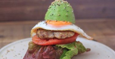 keto avocado burger, avocado bacon burger keto, keto avocado burger recipe, keto avocado chicken burger, keto breakfast burger with avocado buns, keto burger avocado bun, keto burger with avocado, keto chicken avocado burger, whataburger avocado bacon burger keto,