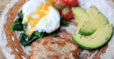 keto poached eggs, keto poached eggs ideas, keto poached egg recipe, easy keto poached eggs, keto diet poached eggs, keto poached egg, keto poached egg breakfast, keto reddit poached eggs,