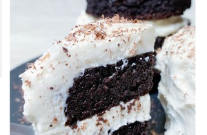 keto cake chocolate, keto chocolate cake in a mug, keto chocolate cake mug, keto chocolate mug cake, keto chocolate cake recipe, keto chocolate cake coconut flour, keto chocolate cake almond flour, keto chocolate lava cake microwave, keto chocolate cake with coconut flour, keto chocolate cake easy, keto chocolate dessert easy, keto chocolate cake in a cup,