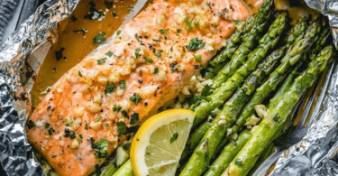 keto salmon dinner, keto salmon recipe, keto salmon, keto salmon patties, keto salmon cakes, is salmon keto,